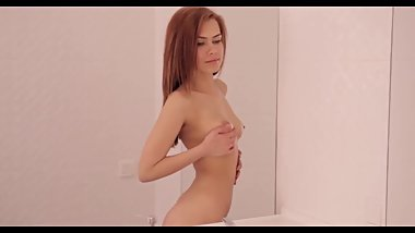 BEST MASTURBATION DONE IN THE BATHROOM BY PERFECT LOOKING TEEN ANAL