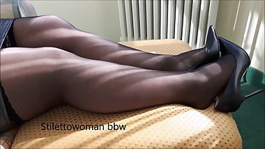 Bbw mature in pantyhose heels