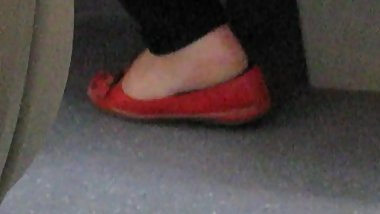 Candid mature dipping red flats 2
