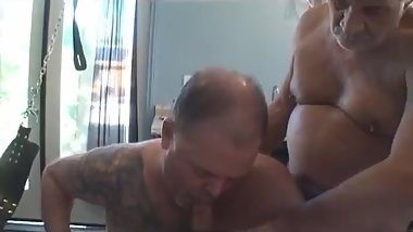 Kinky threesome sex with older daddies