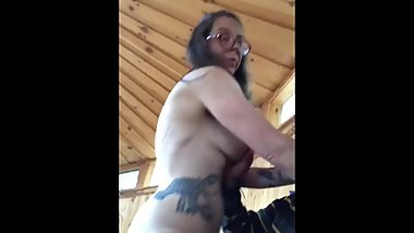 Cougar milf fucks in New Hampshire yurt